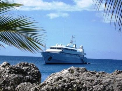 M/Y Yaakun off Barbados